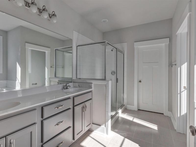 The Ambler  - Owner's Ensuite