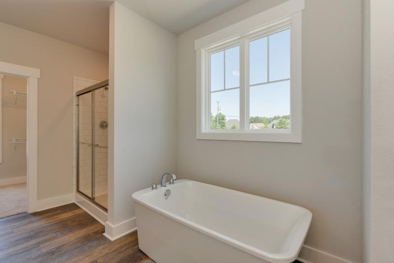 The Lee - Owner's Ensuite