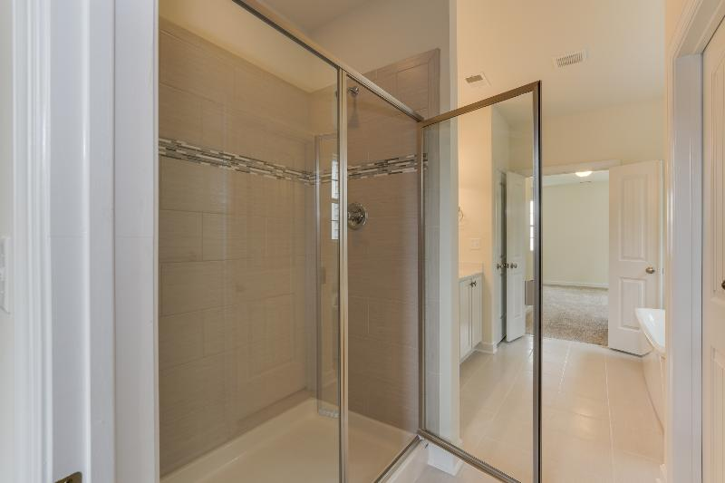 The Engle - Owner's Shower