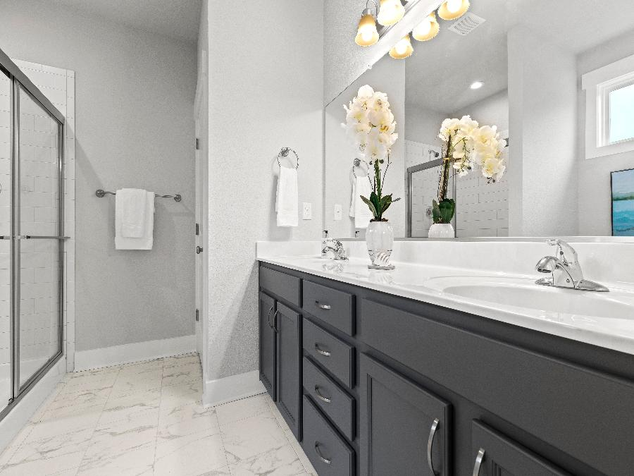 The Owens - Owner's Ensuite